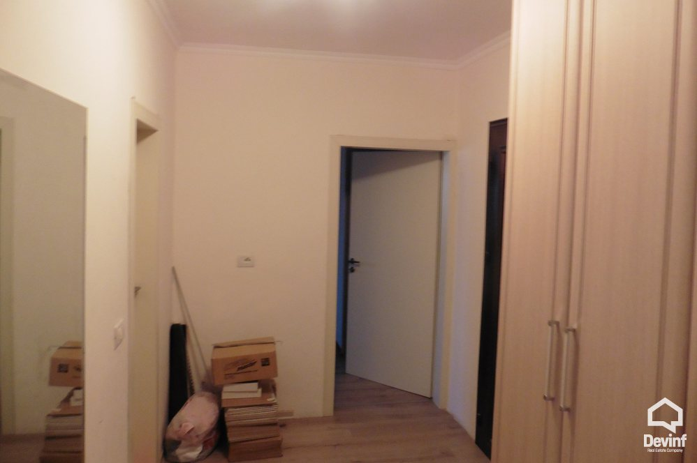 Apartment 3 bedrooms + livingroom + kitchenette në for sale, Tirane - Albania Real Estate