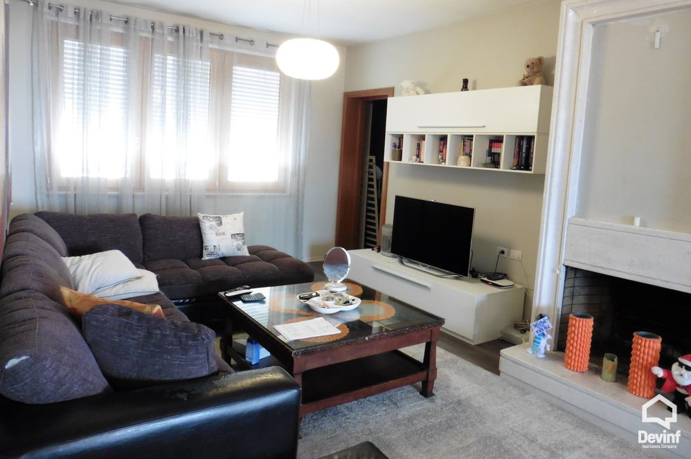 Me Qera Apartment 2 bedrooms + livingroom + kitchen Mine Peza Street Tirane