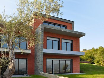 Villa in Tirane Albania 3 bedrooms + livingroom + kitchenette