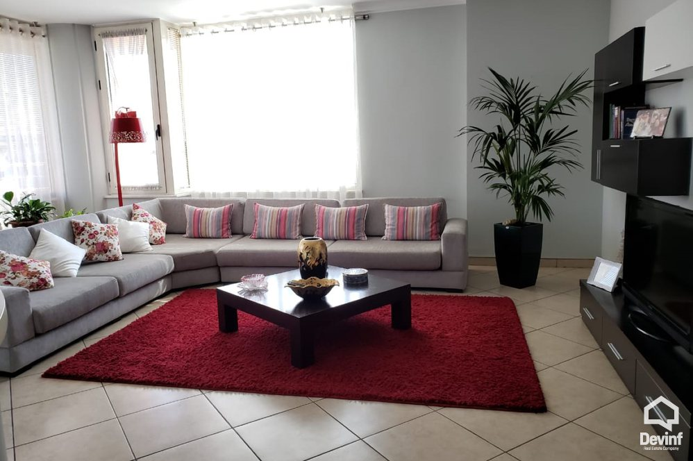 Ne Shitje Apartment 2 bedrooms + livingroom + kitchenette In Sami Frasheri Street Tirane