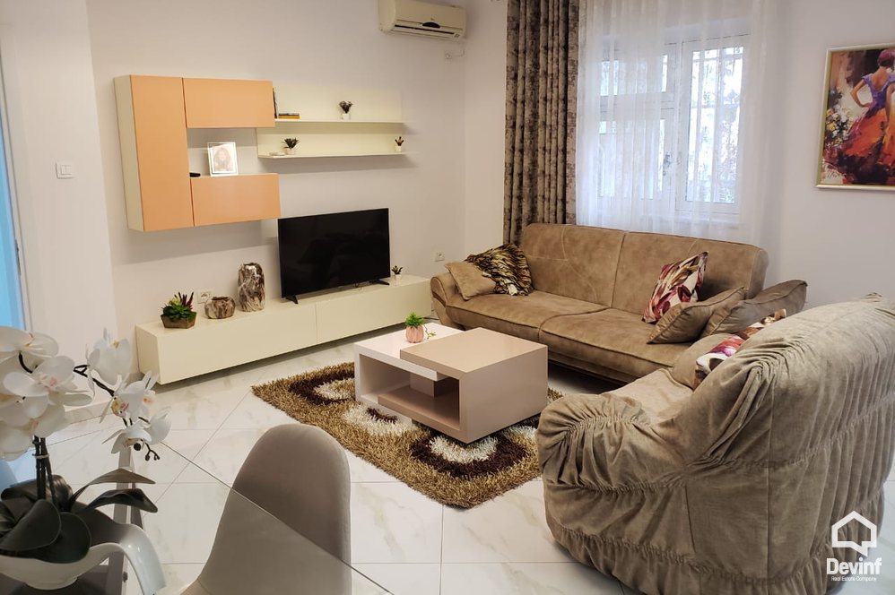 Me Qera Apartment 2 bedrooms + livingroom + kitchenette In the center of Tirana Tirane