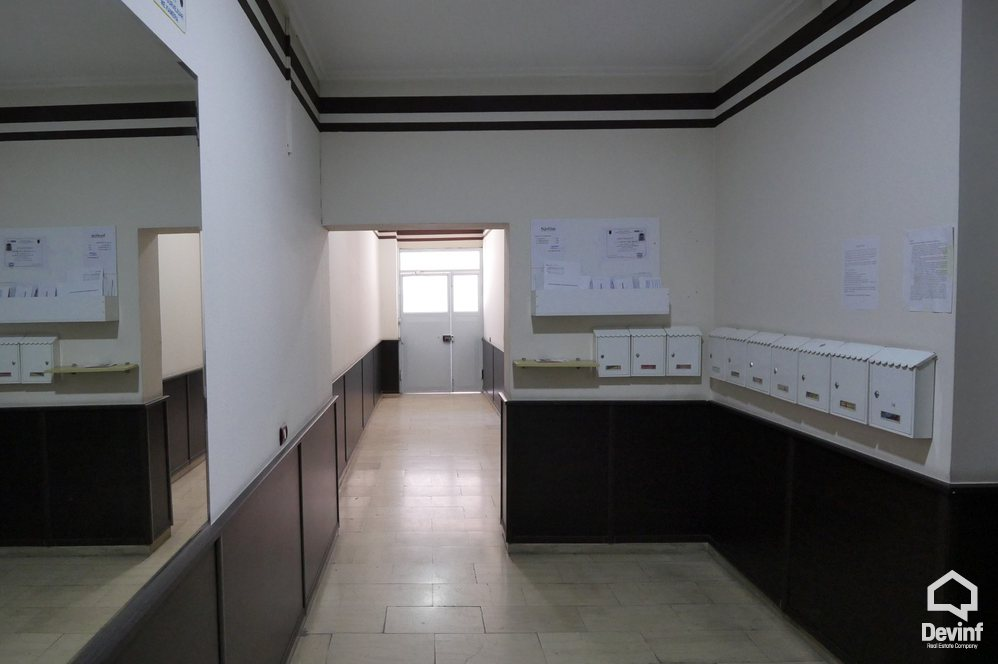 Apartment 1 bedroom + livingroom + kitchenette në for rent, Tirane - Albania Real Estate