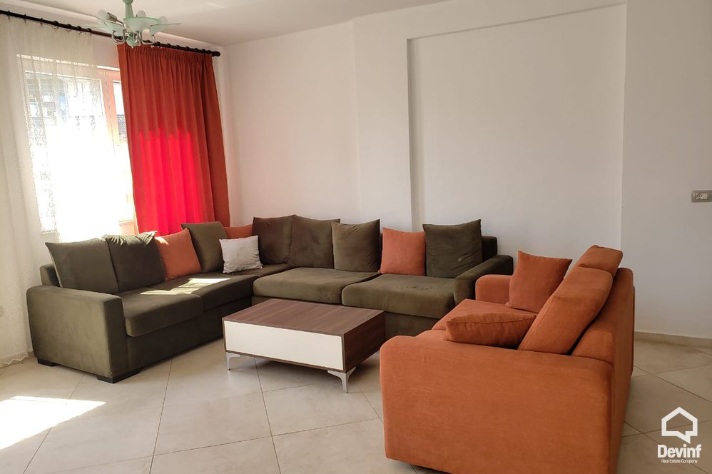 Me Qera Apartment 3 bedrooms + livingroom + kitchenette Residential complex near the Botanical Garden Tirane
