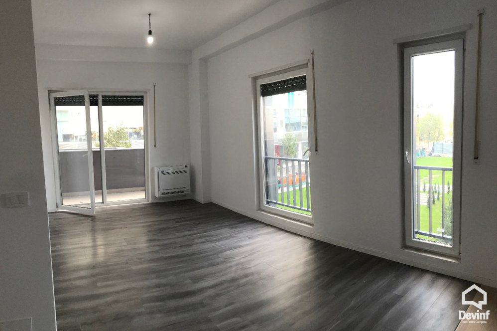 Me Qera Apartment 2 bedrooms + livingroom + kitchenette Office in the area of the Train Station Tirane