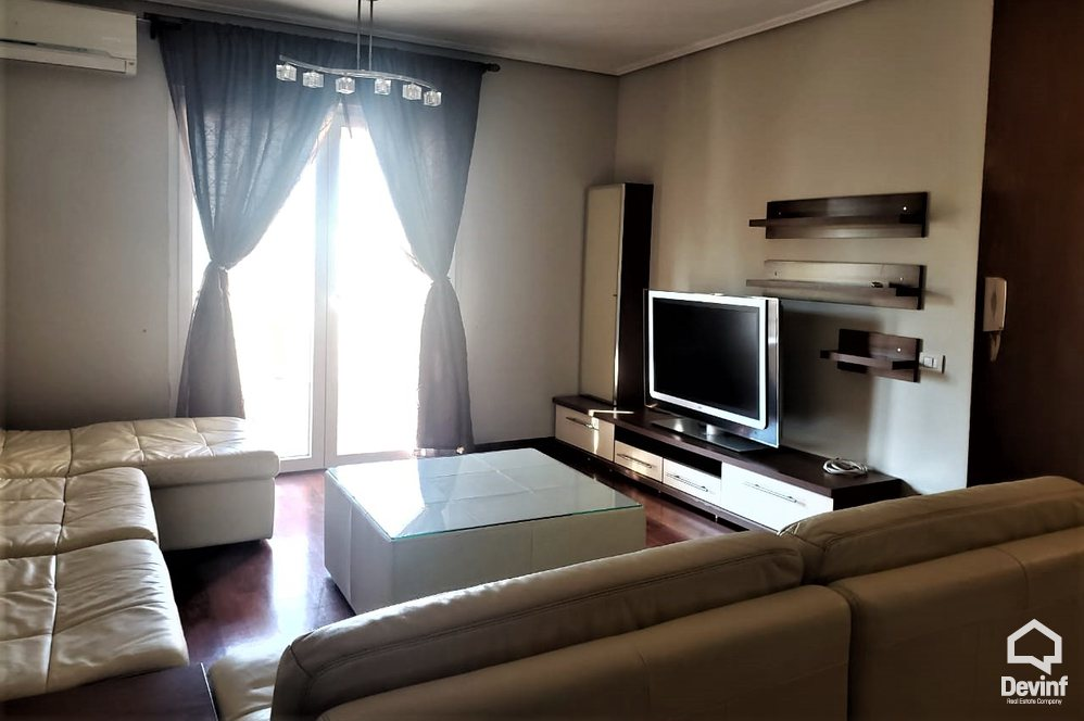 Me Qera Apartment 3 bedrooms + livingroom + kitchenette Close to Elbasani Street Tirane