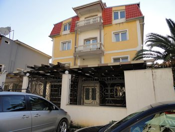 Villa in Tirane Albania More then 4 rooms