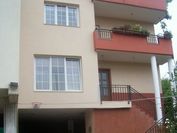 Villa in Tirane Albania 2 bedrooms + livingroom + kitchen