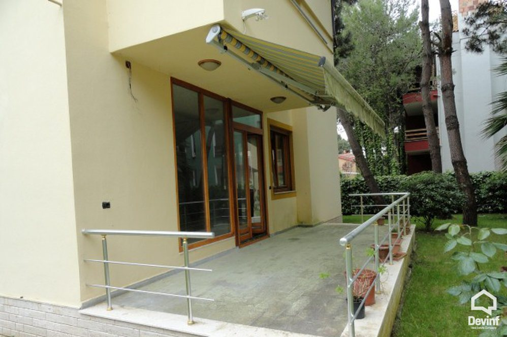 Villa More then 4 rooms në for sale, Durres - Albania Real Estate