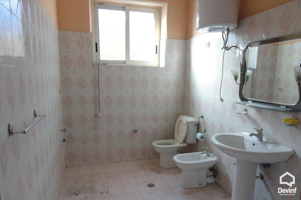 Villa For Sale in Tirane 3 bedrooms + livingroom + kitchenette - Albania Real Estate