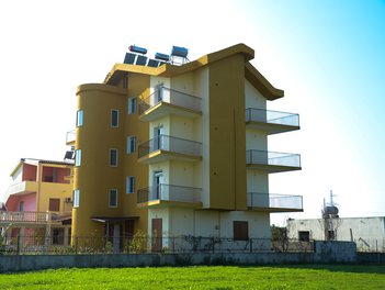 Villa in Durres Albania More then 4 rooms