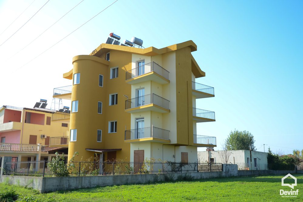 Villa For Sale in Durres More then 4 rooms - Albania Real Estate
