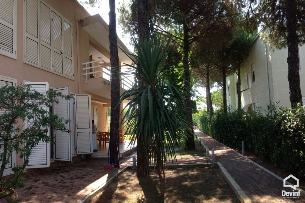 Villa For Sale in Durres 4 bedrooms + livingroom + kitchen - Albania Real Estate