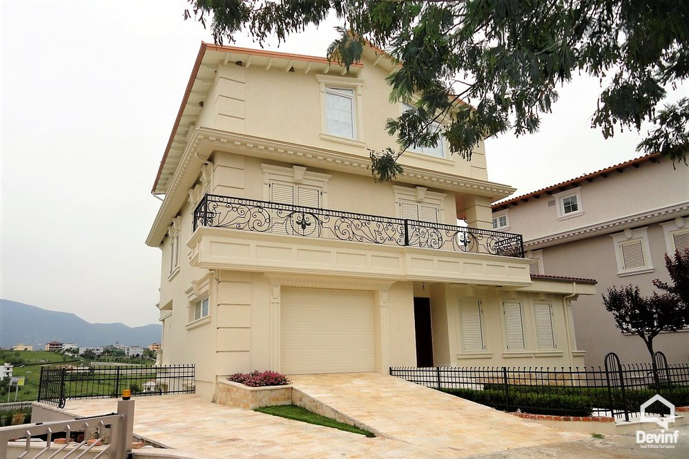 Me Qera Villa More then 4 rooms Villa Residences, in Lunder area Tirane