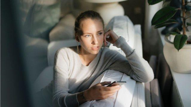 Letër psikologes/ Si ta kalojmë izolimin social?