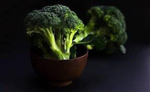 Nga dobësimi te detoksifimimi, ja përfitimet që keni nga brokoli!