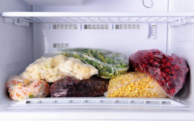 Ja sa gjatë mund t'i mbani ushqimet në ngrirje!