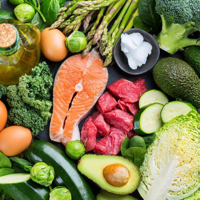 Ndiqni këto dieta efektive për të humbur peshën që