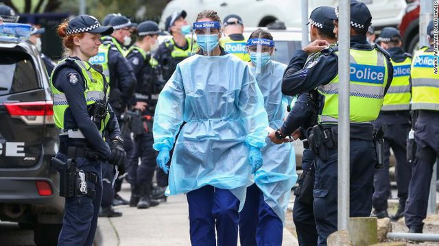 Koronavirusi rikthehet frikshëm në Australi, izolohen 6.6 milionë