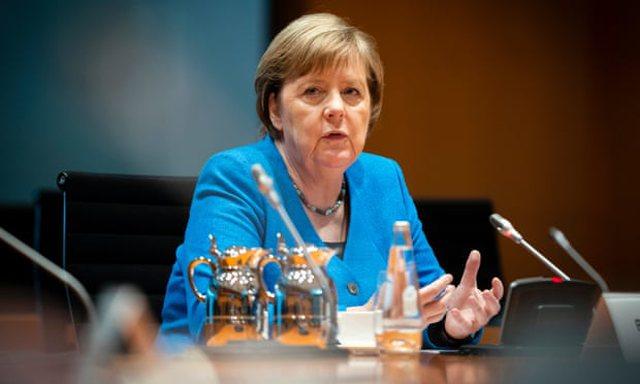 Angela Merkel: Në vend të bëjmë pyetje ekzistenciale, duhet