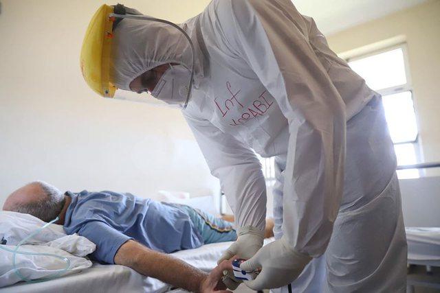 Manastirliu poston foto nga Infektivi: Të ndihmojmë mjekët duke