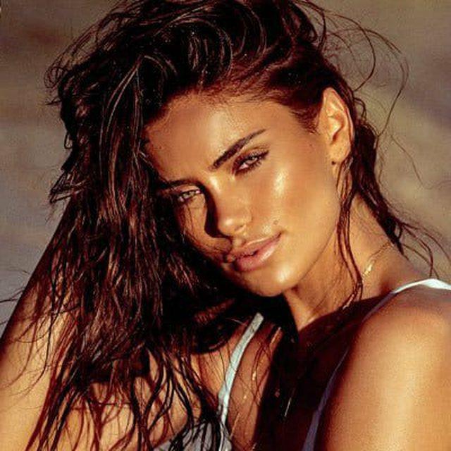 Kompania amerikane bën gjestin racist ndaj modeles shqiptare
