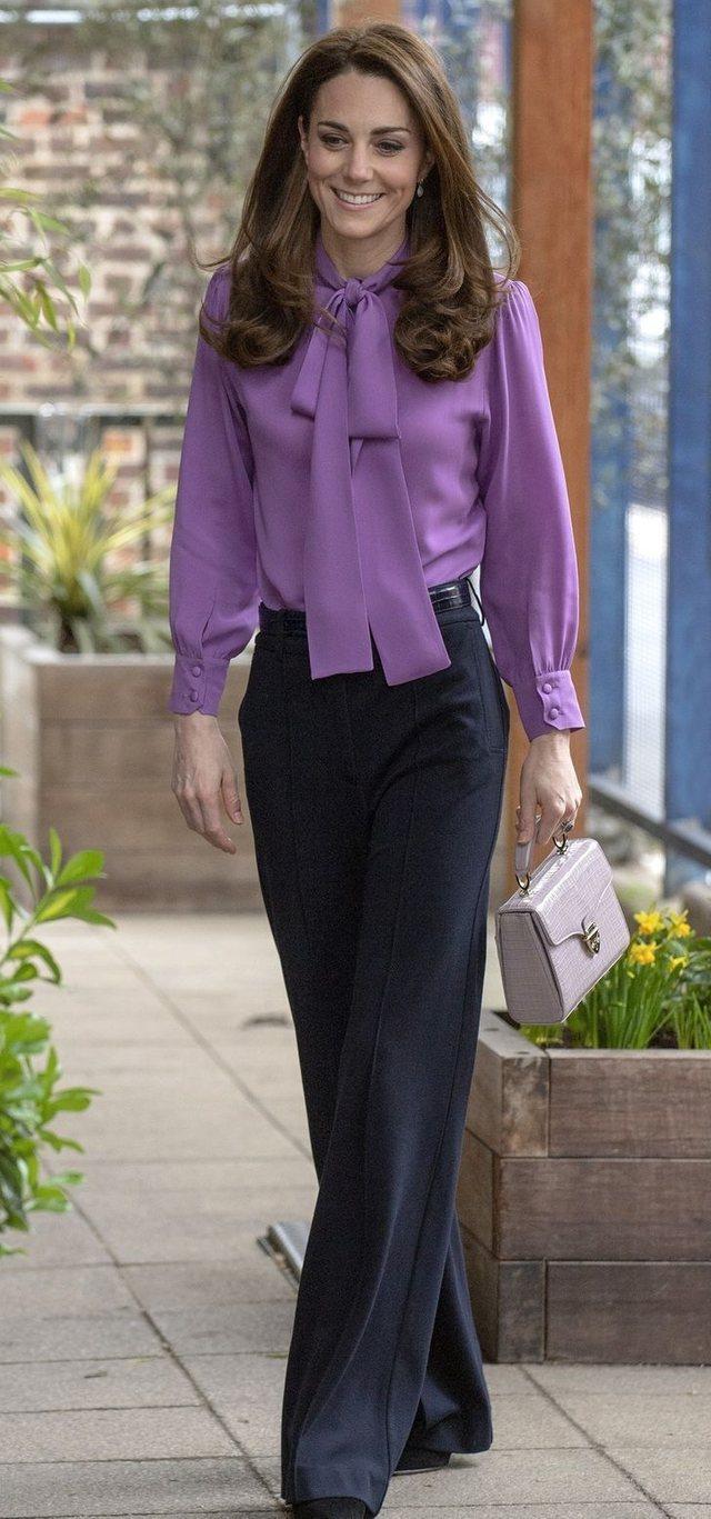 Veshjet ikonike të Kate Middleton që do t'ju bindin se ajo
