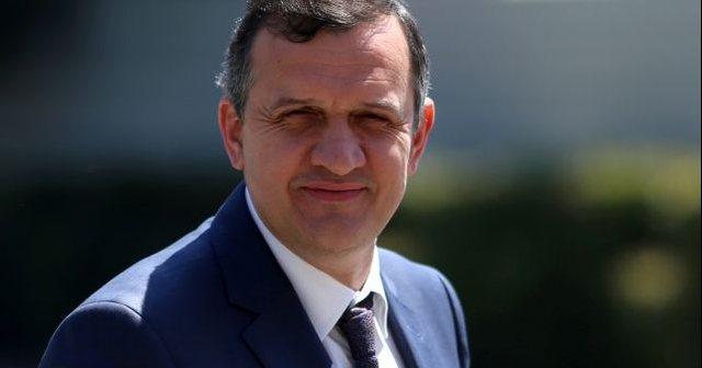 Ilir Beqaj: Në baret dhe club-et e jugut, po sfidojnë shtetin dhe