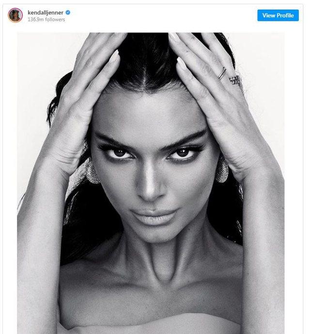 Sytë si dhelpër/Trendi i fundit i bukurisë që kritikët