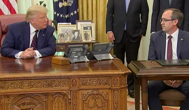 Video/ Ja biseda mes Trump, Netanyahu dhe Hotit ne Shtëpinë e