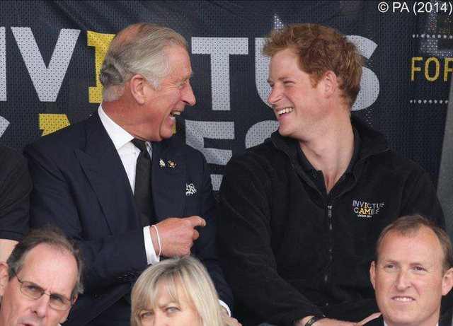 Princi Harry feston 36-vjetorin/ William lë pas inatet dhe e uron