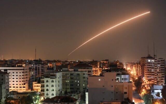 Palestina i përgjigjet me raketa marrëveshjes Emirate-Bahrein-Izrael