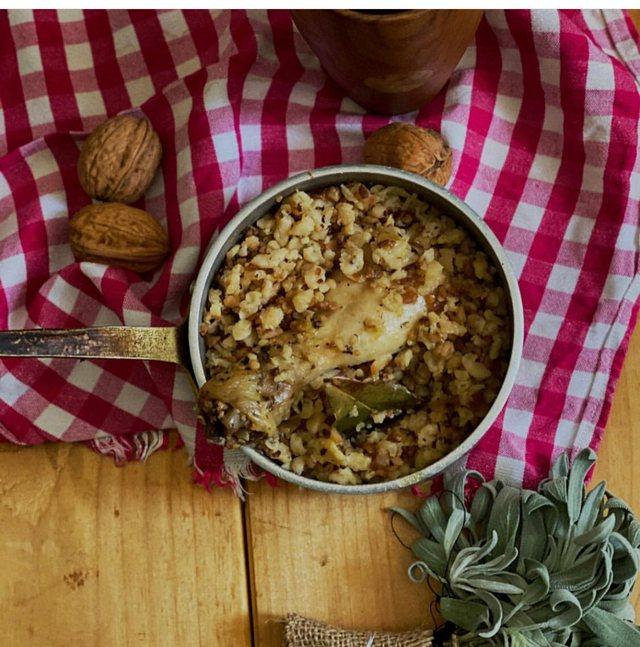 Receta/ Dromësa çame me pulë dhe borzilok, nga Dhurata Thanasi!