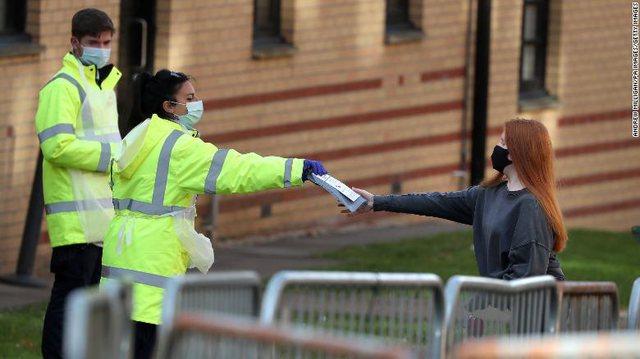 Britania e Madhe dhe Franca rekord infektimesh ditore, numri më i