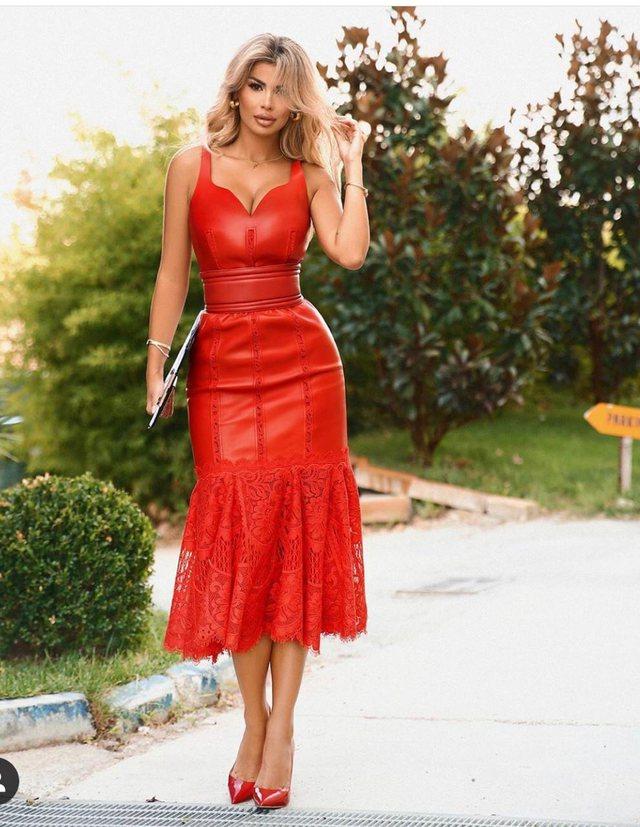Tri arsye pse ky fustan i Luana Vjollcës do t'ju marrë mendjen!