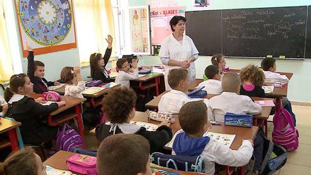 1 mijë mësues do të punësohen për të