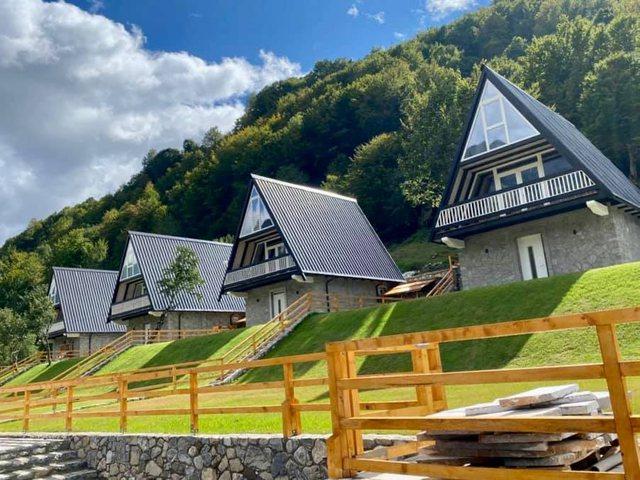 Rama poston fotot nga perla e Veriut: Mos e ngatërroni me Zvicrën!
