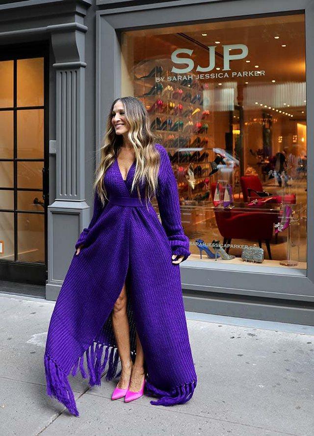 Rikthehen në modë fustanet e thurura/ Modelet që do të