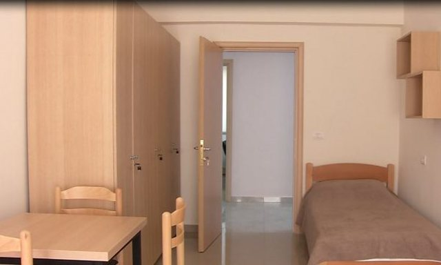 Konviktet/ Drejtoria e QS dhe Rezidencat 1 dhe 2 qetësojnë