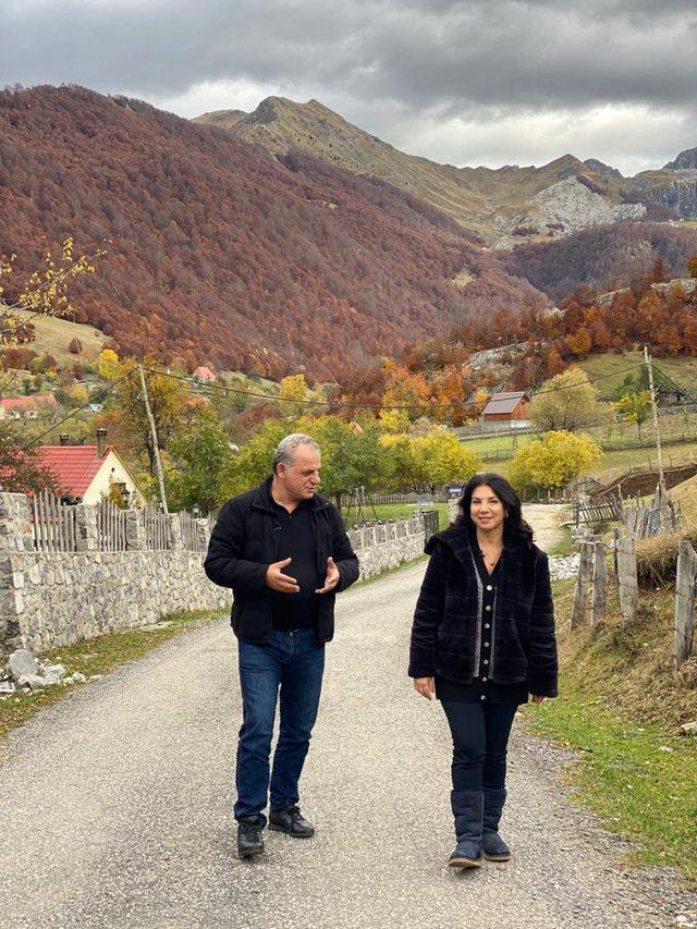Rudina Xhunga, një udhëtim vjeshte nga Tamara në Vermosh!