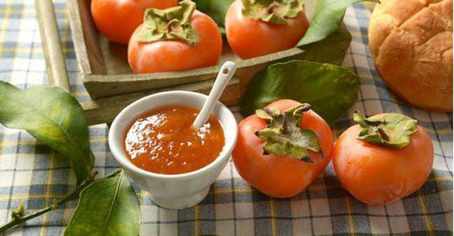 Marmelatë hurme në shtëpi, receta e lehtë që bëhet