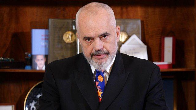 Rama thirrje shqiptarëve: Mos bini pre e frikës së atyre që
