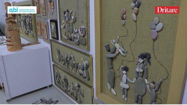 Llambrinia, artistja e Beratit që bën art me gurë zalli!