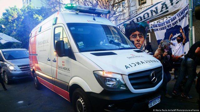 Policia bastis shtëpinë dhe klinikën e mjekut të Diego