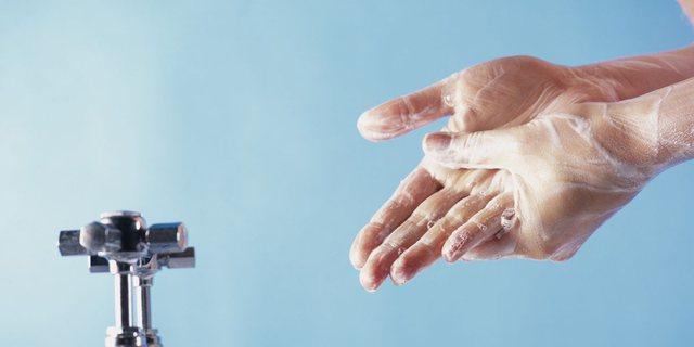 Shtatë gabimet që bëni kur lani duart!
