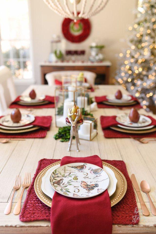 Ja disa ide si të zbukuroni tavolinën e Krishtlindjeve!