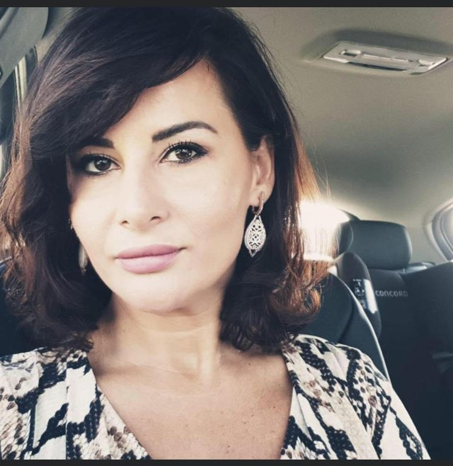 Mjekja shqiptare në Itali që u vàksinua kundër