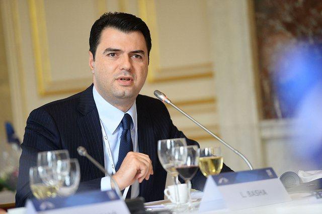 Basha: Rama shton pasurinë, Shqipëria varfërohet!