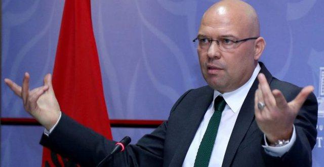 Ylli Manjani, pas sondazhit: Shqiptarët ta gëzojnë Edverin!