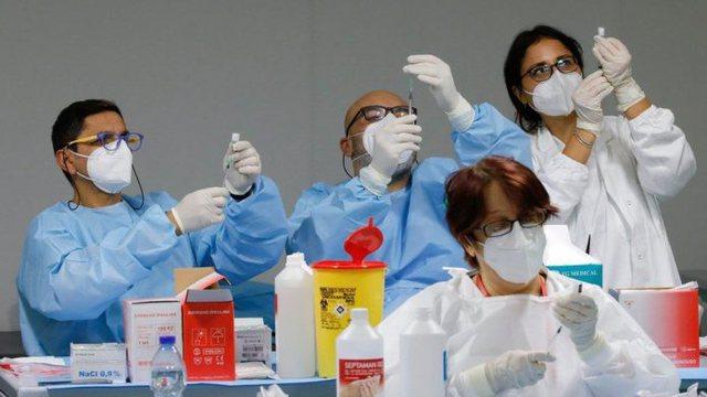 Vonesa në dozat e vaksinave, vendet e Bashkimit Europian