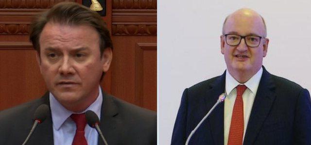 Ralf Gjoni sulmon ambasadorin britanik: Tallet me shqiptarët për